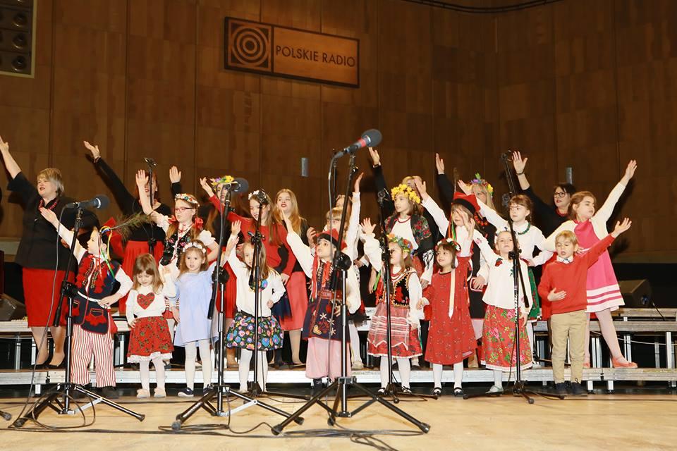 """a5dbf6df2762c3 Koncert nie tylko dla dzieci z cyklu """"Śpiewajmy z Agatą Steczkowską ..."""
